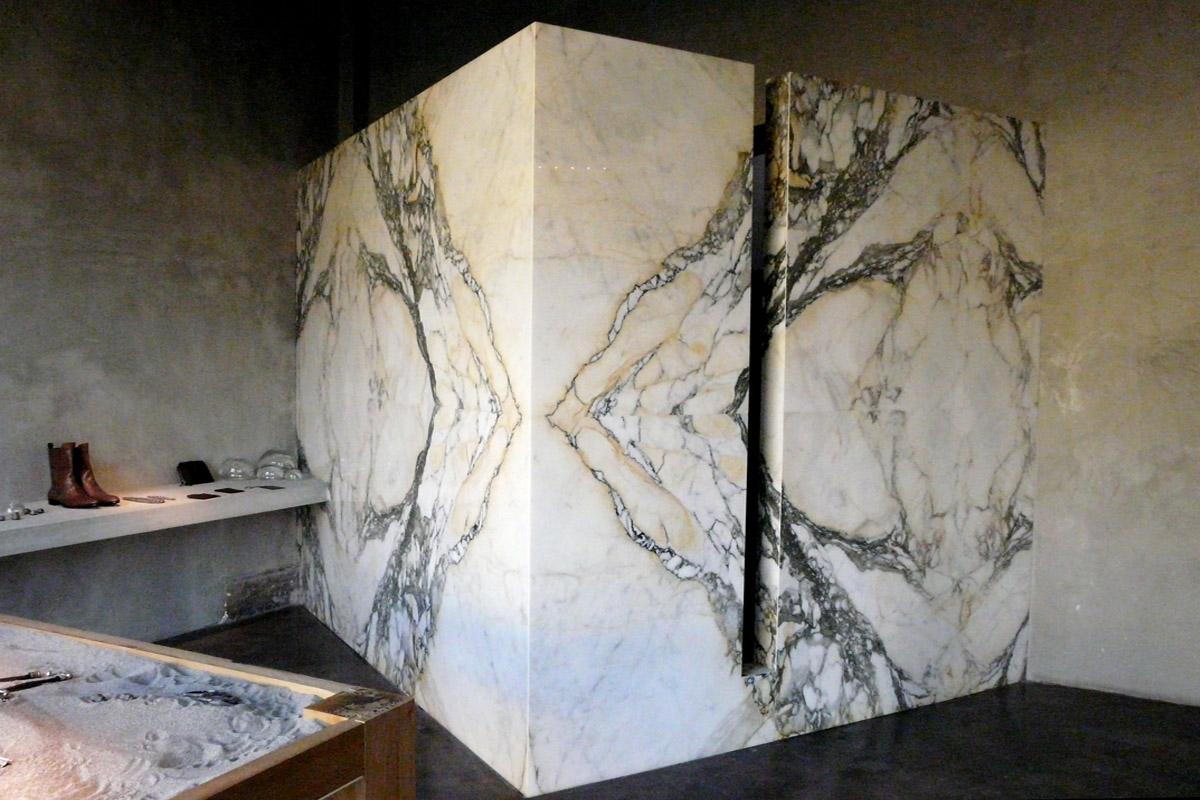 UGO CACCIATORI SHOW ROOM - Marcantonio design